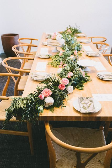 Head Table Florals & Garlands (10)