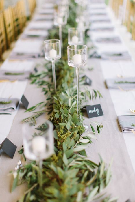 Head Table Florals & Garlands (30)