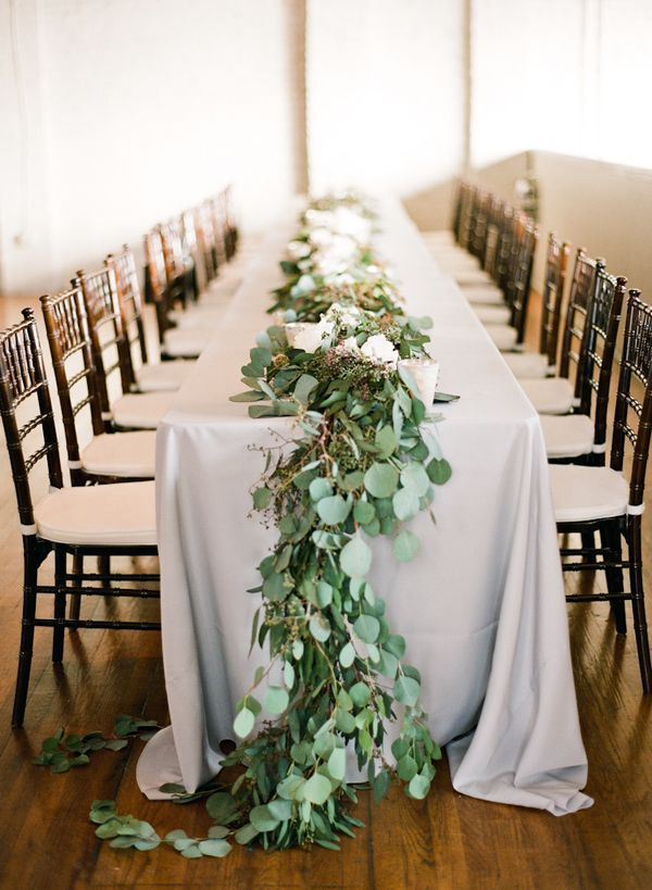 Head Table Florals & Garlands (42)