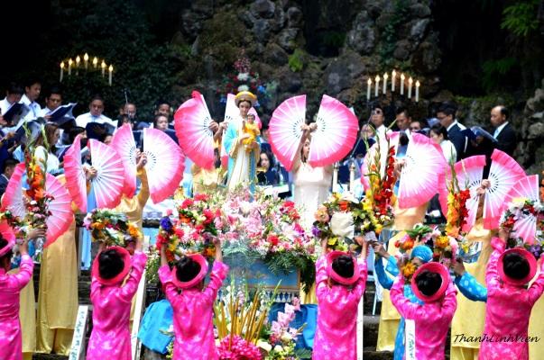 Hanh Huong 2016 (a) (10)